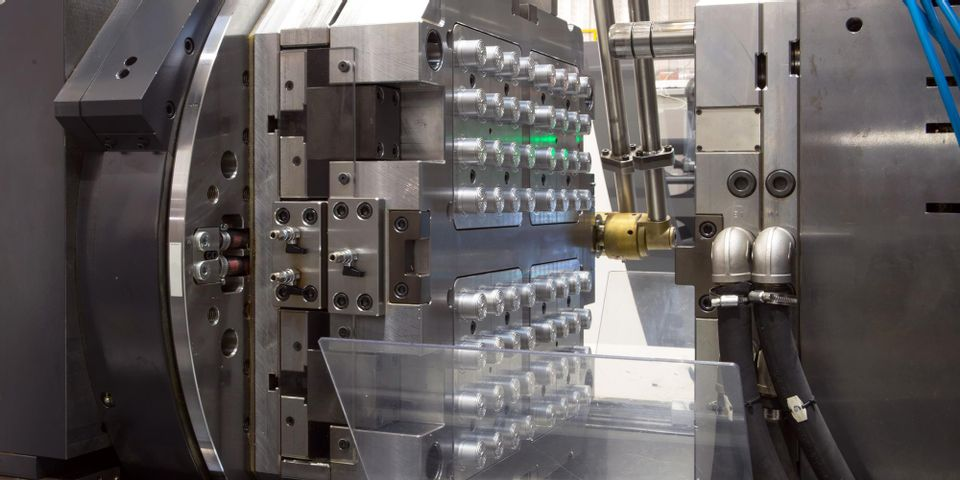 طراحی قالبهای صنعتی
